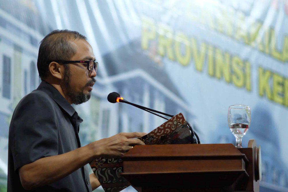 Sekretaris DPRD membacakan hasil Paripurna