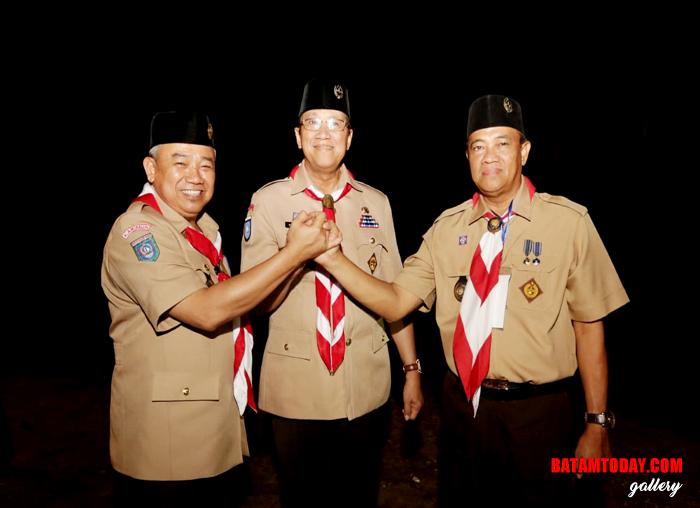 Ketua harian, Muhammad Firmansyah (Kiri), Ka.Kwarcab, Anwar hasyim (tengah), ketua Panpel Kemah Besar Bakrie hasyim (Kanan)