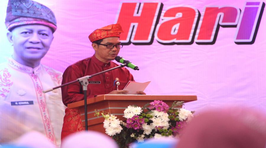 Kepala Badan Pemberdayaan Perempuan, Pemberdayaan Anak dan Pemberdayaan Masyarakat (DP3APM) Kota Tanjungpinang, Ahmad Yani memberikan laporan kegiatan peringatan Hari Kartini.