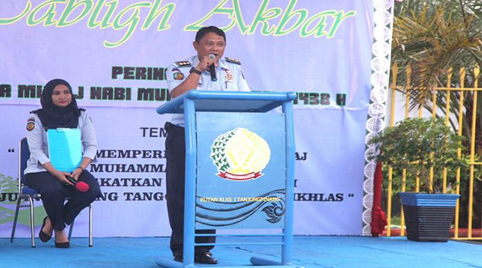 Kapala Rutan Kelas IA Tanjungpinang, Ronny widyatmoko menyampaikan sambutan.