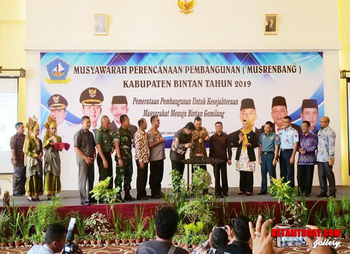 Penandatangan dalam Musrenbang Kabupaten Bintan
