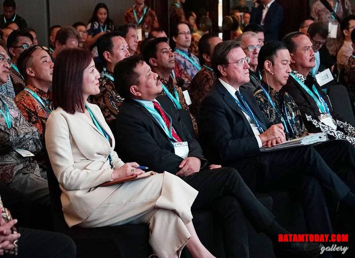 Kepala BP Batam Lukita Dinarsyah Tuwo saat menyaksikan kegiatan IMF -WBG 2018