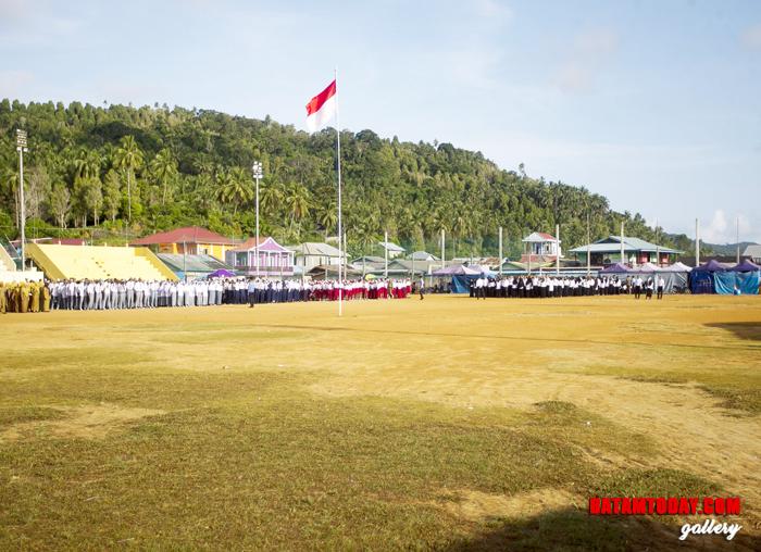 Suasana upacara Hari Kesadaran Nasional di Kecamatan Palmatak