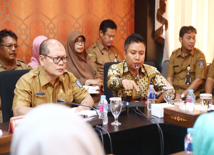 Ketua Komisi IV DPRD Kepri Teddy Jun Askara turut memberikan masukan dalam pertemuan tersebut