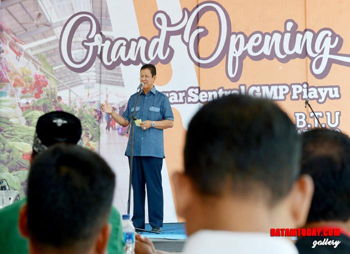 Wakil Gubernur Kepri, H. Isdianto saat sedang memberikan sambutannya