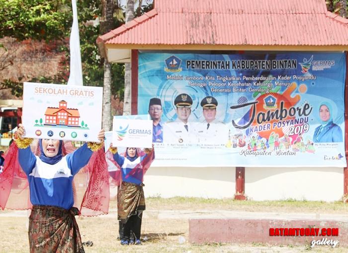 Tampilah salah satu peserta Jambore Kader Posyandu Untuk Bintan Sehat