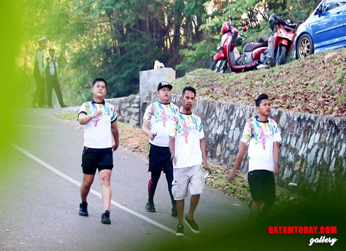 """Peserta """"Pemilu Run"""" di Bintan"""