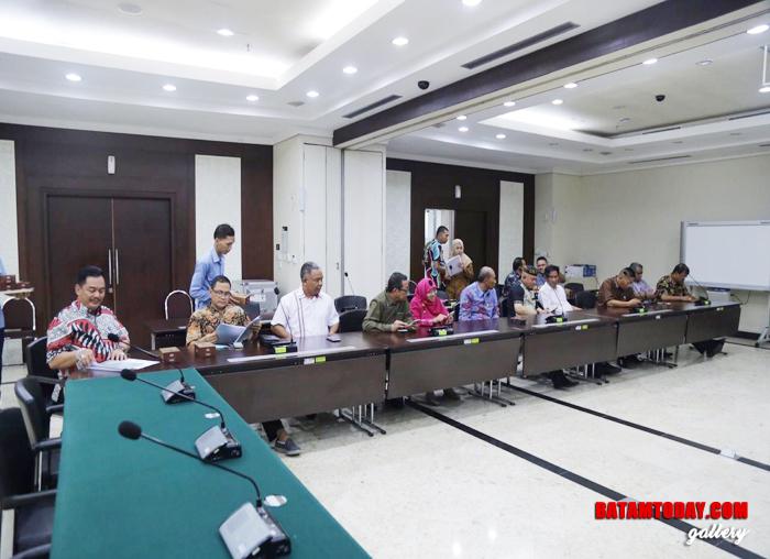 Rapat Komisi III DPRD Kepri dengan Bappenas