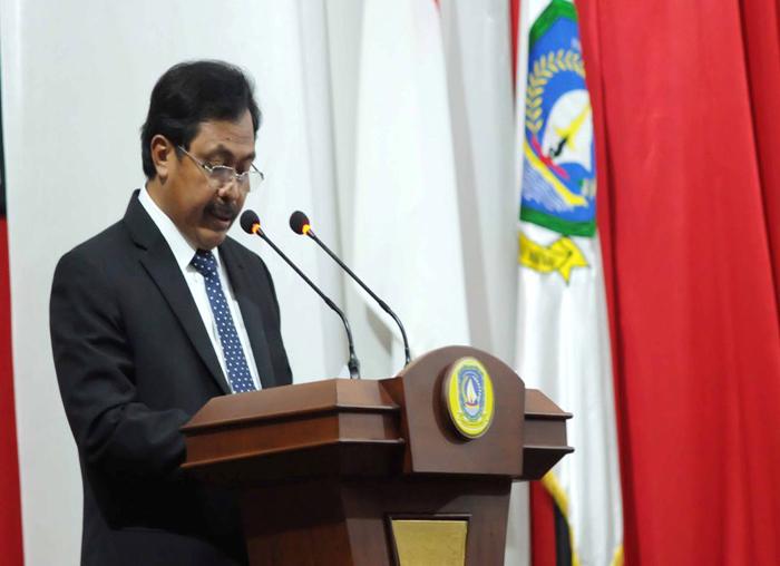 Gubernur Kepri Nurdin Basirun membacakan LKPJ 2017(1)