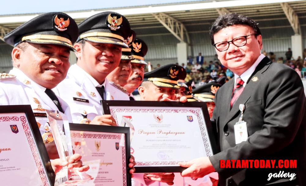 LPPD-Bintan-Rangking-7-seIndonesia-1.jpg
