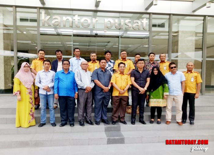 Muhammad Da`i bersama anggota DPRD Lainnya saat berkunjung ke Pekanbaru