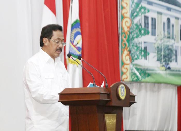 Gubernur Kepri menyampaikan pidato pada Paripurna  Laporan Pertanggungjawaban Pelaksanaan (LPP) APBD  Tahun anggaran 2017