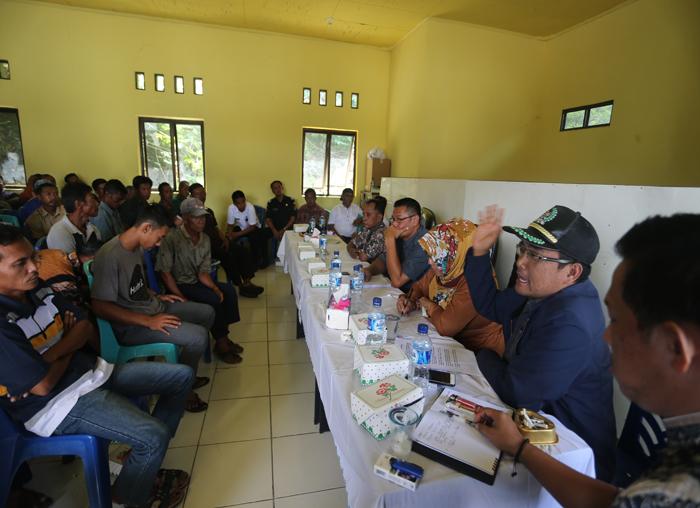 Pansus Nelayan DPRD Anambas meminta agar masyarakat menyampaikan keluhan nelayan