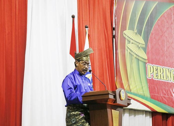 Gubernur Kepri Nurdin Basirun menyampaikan pidato