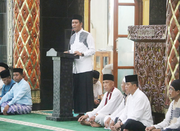Apri Sujadi saat menyampaikan sambutan dalam acara safari  ramadhan 1439 H