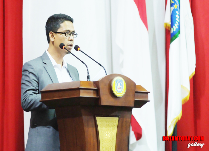 Anggota Banggar DPRD Kepri Ing Iskandarsyah menyampaikan laporan akhir