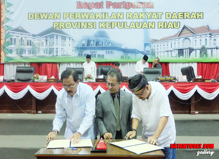 Gubernur dan pimpinan DPRD Kepri