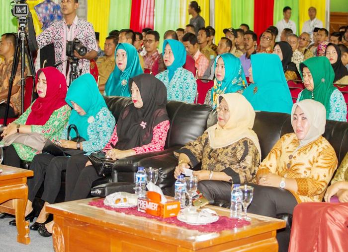 Ibu PKK turut menghadiri bursa inovasi desa