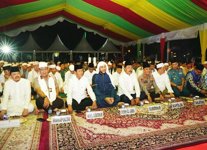 Gubernur Provinsi Kepri dan Wagub Kepri bersama Pejabat Lainnya saat Menghadiri 1 Muharram tahun Baru Islam di Tanjungpinang Provinsi Kepri