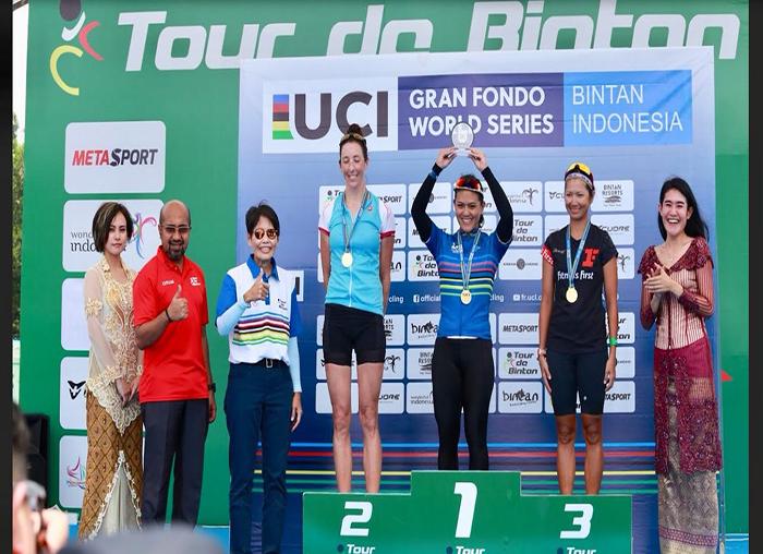 Atlit Tour de Bintan kelas Grand fondo clasik