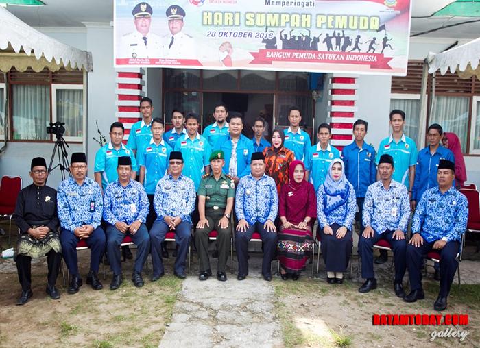 Wakil Bupati foto bersama dengan KNPI