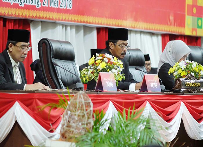 Gubernur Kepri Nurdin Basirun dan anggota BPK RI