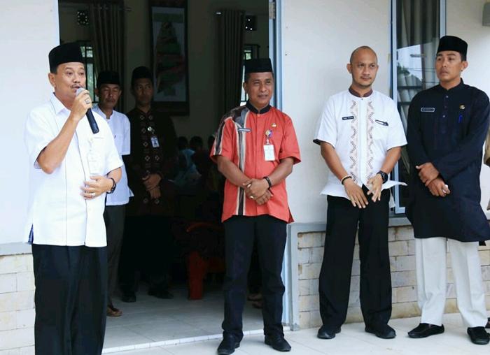 Wali Kota Tanjungpinang H. Raja Ariza pada Senin 28 Mei 2018, di Aula Kantor Kelurahan Tanjung Unggat