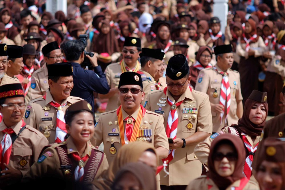 Sekretaris Daerah, TS Arif Yahya ikut mermaikan tari massal bersama peserta