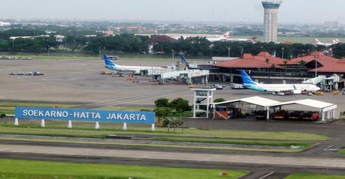 Bandara-Soeta121b.jpg