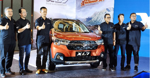 Launching-Suzuki-XL7.jpg