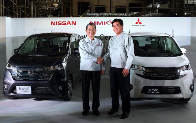 Nissan-DAYZ-Mitsubishi-eK.jpg