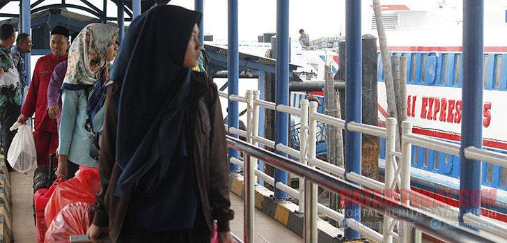 Pelabuhan-Domestik-Karimun.jpg