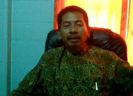 Syukrillah_Ketua_KPU_Daerah_Kabupaten_Kepulauan_Anambas.jpg