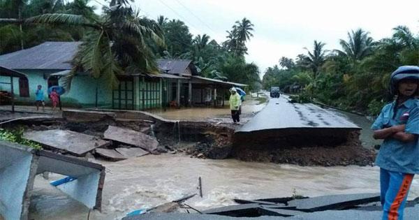 banjir-mandailing1.jpg