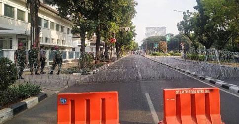 barikade-lodkdown_jpg2.jpg