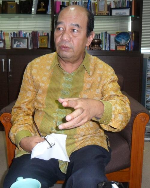 BATAMTODAY.COM - AMAT SUSAH mencari alasan untuk merag