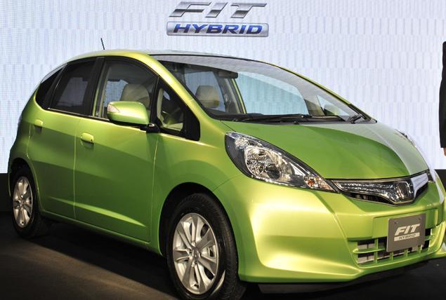 honda-fit-hybrid.jpg