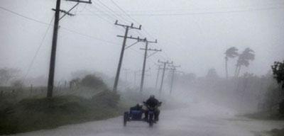 hujan-petir-angin.jpg