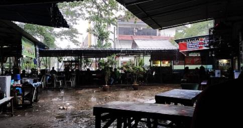 hujan_di_batam.jpg