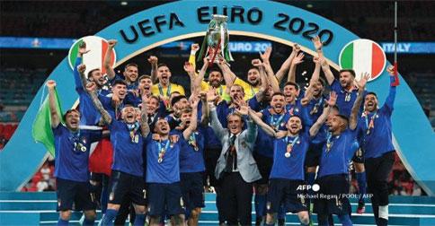italia-juara-euro12.jpg