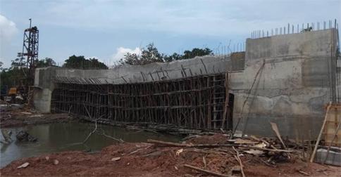 jembatan-ambles1.jpg