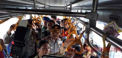 kapolda-bus1.jpg