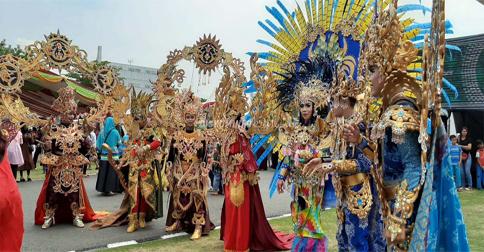 kepri-festival-carnival.jpg