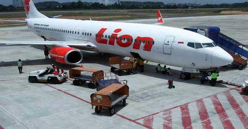 lion_air_bisnis_bt1.jpg
