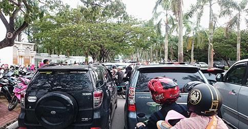 parkir_halal_estival.jpg