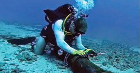 perbaikan-kabel-laut2.jpg