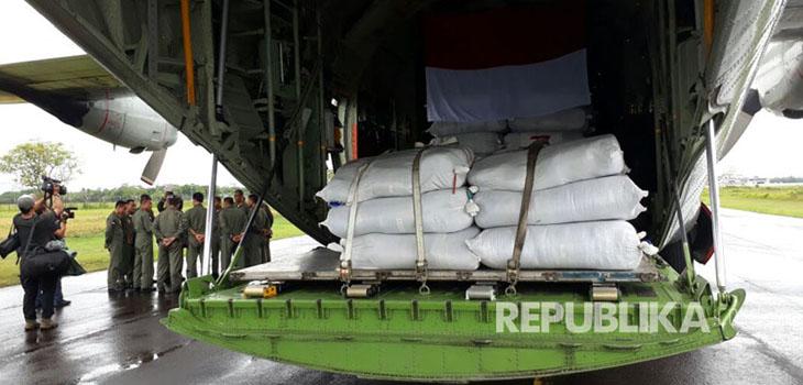pesawat-bantuan-untuk-masyarakat-rohingya-.jpg