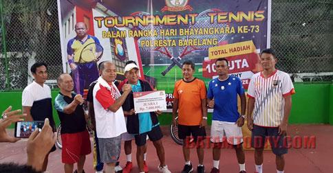 tennis-club.jpg