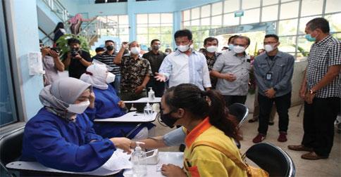 vaksinasi-karyawan1.jpg
